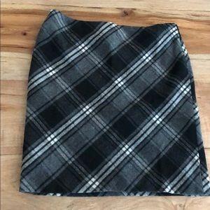 Black checkered wool pencil skirt